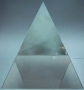 Пирамида хрустальная